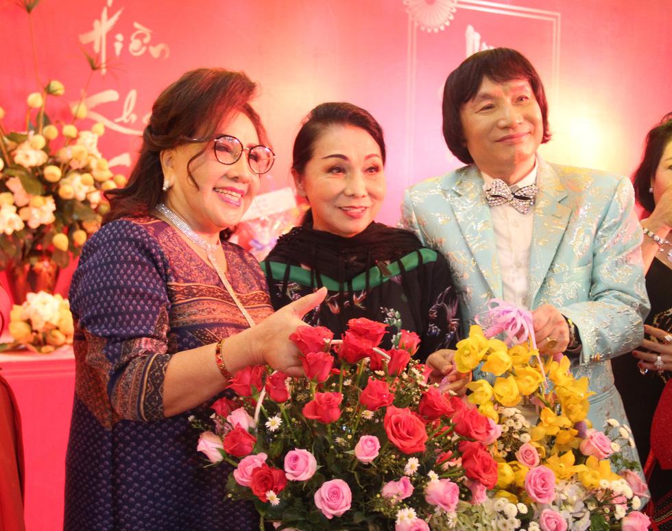 NSND Minh Vương triển lãm ảnh đời nghệ sĩ của mình - Ảnh 1.