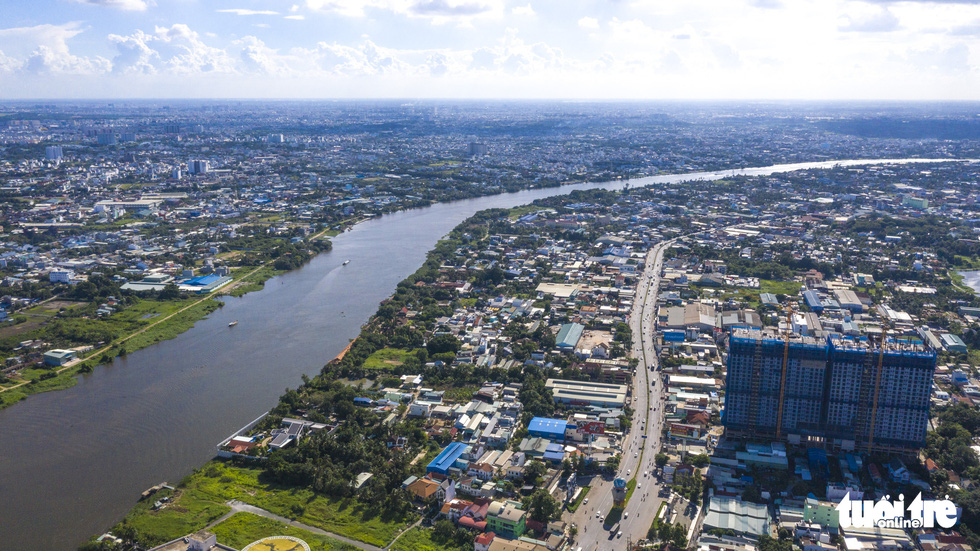 Ngắm Sài Gòn - thành phố hoa lệ bên những dòng sông - Ảnh 17.