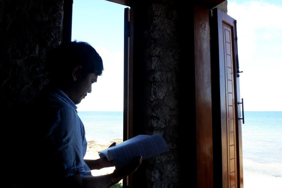 Ngắm ngôi nhà Anh hùng xây trên vách đá Ninh Thuận - Ảnh 5.