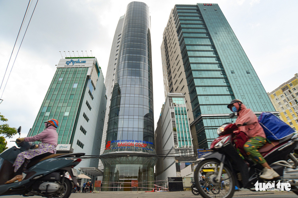 Cận cảnh cao ốc, chung cư, khách sạn... ngàn tỉ đang được rao bán - Ảnh 11.