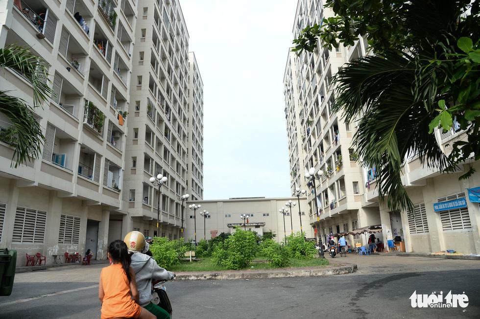 Cận cảnh những khu tái định cư rất ít người... tái định cư ở TP.HCM - Ảnh 11.