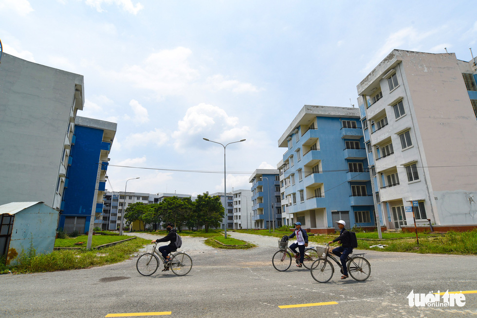 Cận cảnh những khu tái định cư rất ít người... tái định cư ở TP.HCM - Ảnh 5.