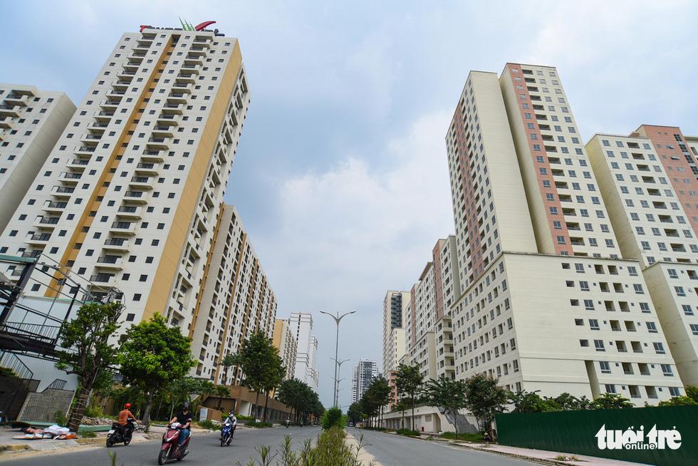 Cận cảnh những khu tái định cư rất ít người... tái định cư ở TP.HCM - Ảnh 8.