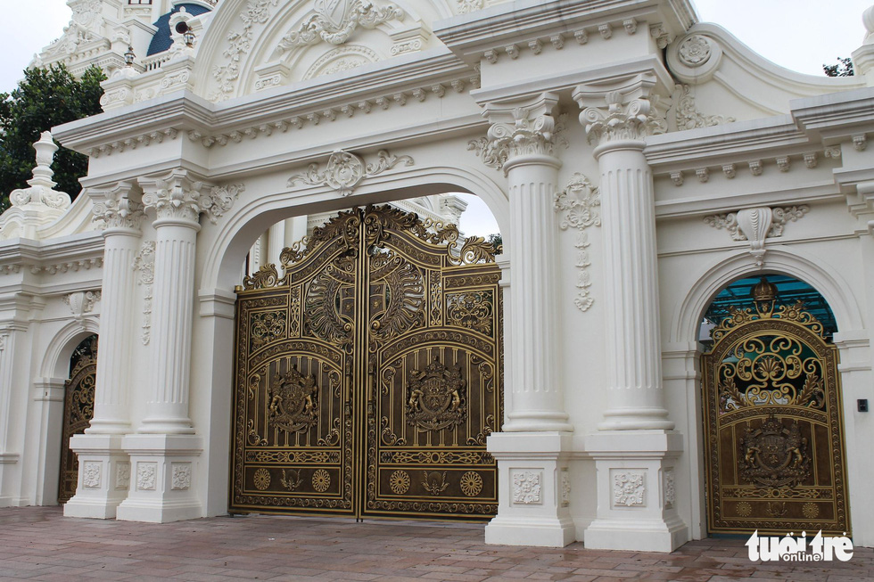 Những lâu đài hoành tráng của đại gia xăng dầu Ngô Văn Phát vừa bị bắt - Ảnh 10.