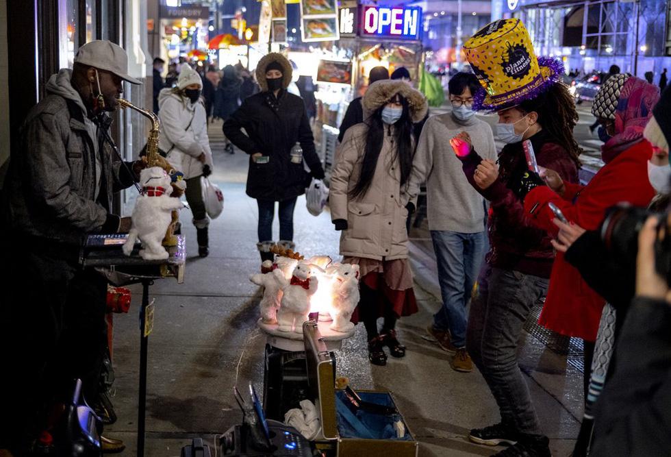 میدان تایمز خالی است ، بدون بوسه ، آرزوهای سال نو - تصویر 5.