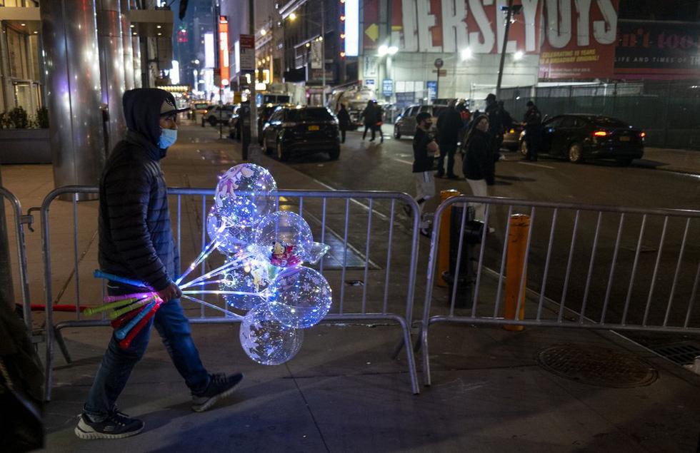 میدان تایمز خالی ، بدون بوسه ، آرزوهای سال نو - تصویر 6.