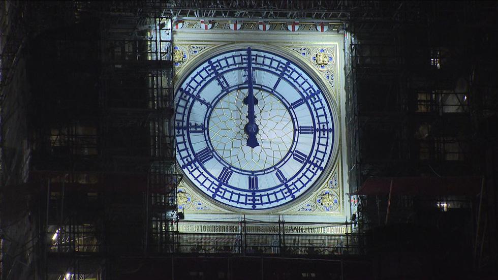 شب سال نو در انگلیس: زنگ ساعت بیگ بن به صدا در می آید ، اما هیچ کس در خیابان نیست - تصویر 3.