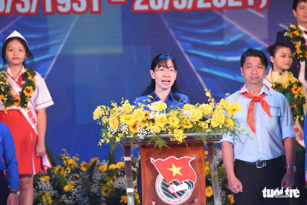 Vinh danh 12 công dân trẻ tiêu biểu TP.HCM 2020: Những bông hoa tỏa sáng - Ảnh 8.