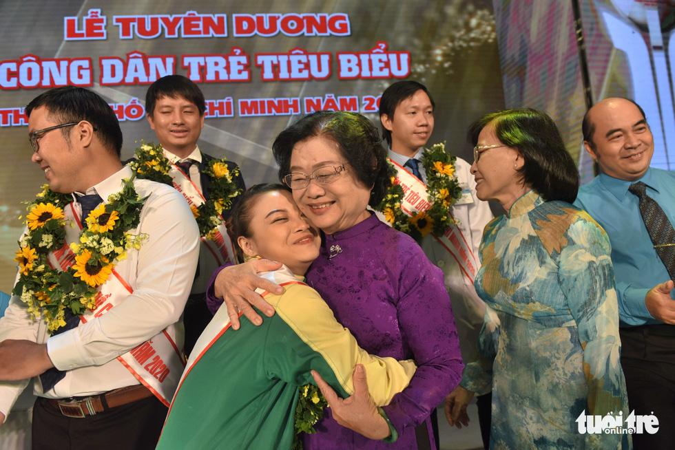 Vinh danh 12 công dân trẻ tiêu biểu TP.HCM 2020: Những bông hoa tỏa sáng - Ảnh 6.