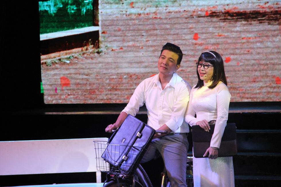 Đại Nghĩa ca cải lương tuồng cổ trong live show Kim Tử Long - Thoại Mỹ - Ảnh 10.