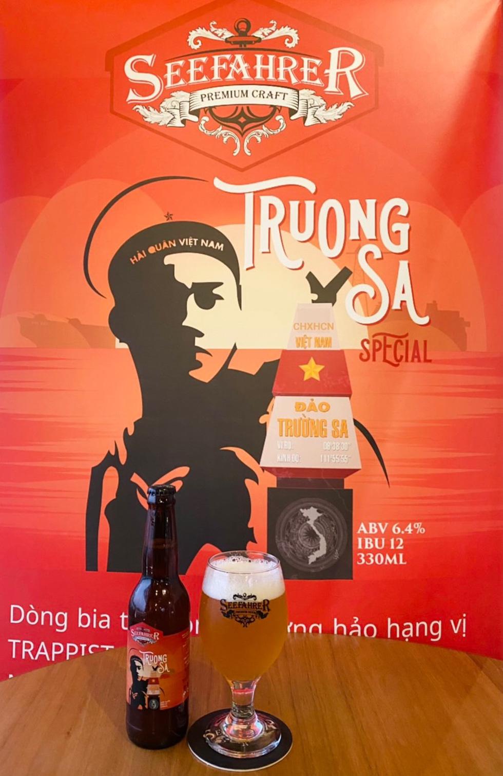 Lần đầu tiên Việt Nam có bia mang tên biển đảo - Ảnh 1.