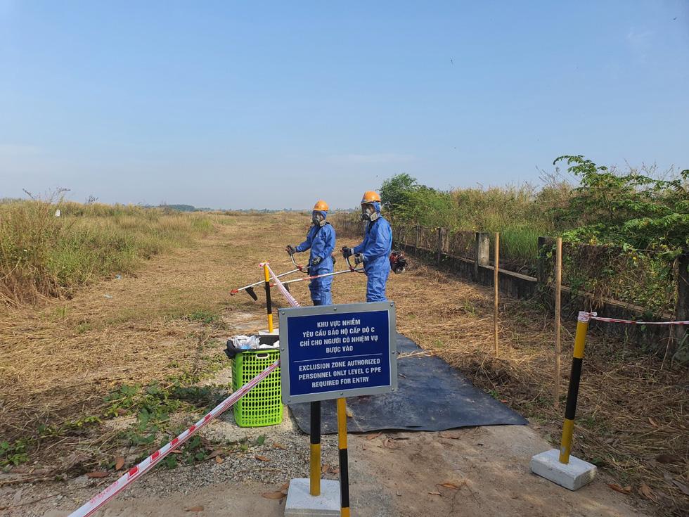 Công bố quy trình làm sạch dioxin ở sân bay Biên Hòa - Ảnh 7.