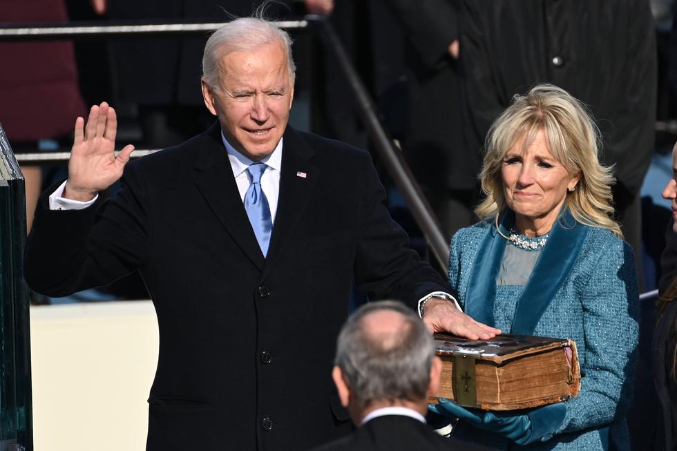 مروری بر مراسم تحلیف رئیس جمهور آمریکا ، بایدن از طریق عکس ها - عکس 10.