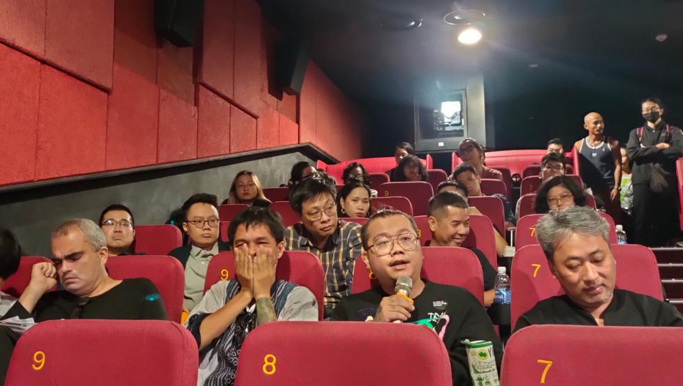 Đạo diễn Nguyễn Quang Dũng: Phim kinh dị Việt Nam cũ kỹ vì bị bó hẹp, kiểm duyệt - Ảnh 6.