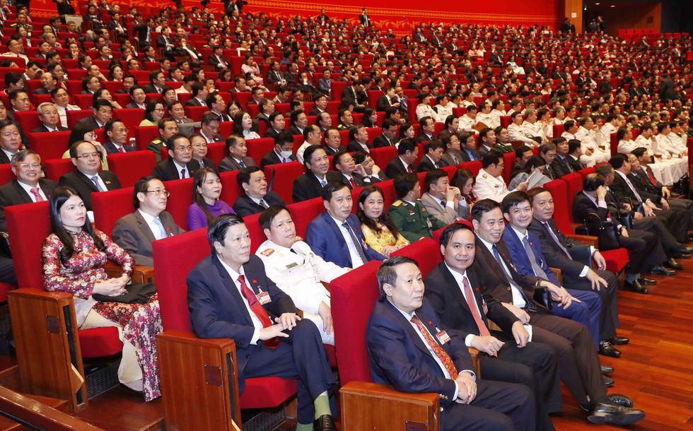 Chùm ảnh lãnh đạo Đảng, Nhà nước và các đại biểu tại phiên họp trù bị Đại hội Đảng XIII - Ảnh 17.