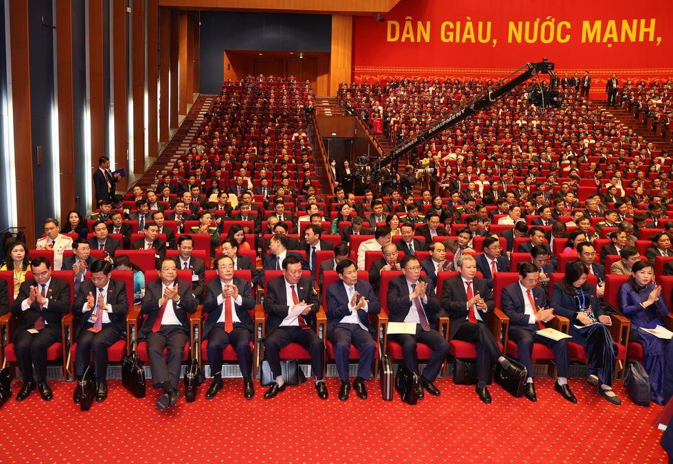 Chùm ảnh lãnh đạo Đảng, Nhà nước và các đại biểu tại phiên họp trù bị Đại hội Đảng XIII - Ảnh 18.