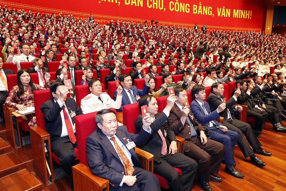 Chùm ảnh lãnh đạo Đảng, Nhà nước và các đại biểu tại phiên họp trù bị Đại hội Đảng XIII - Ảnh 14.