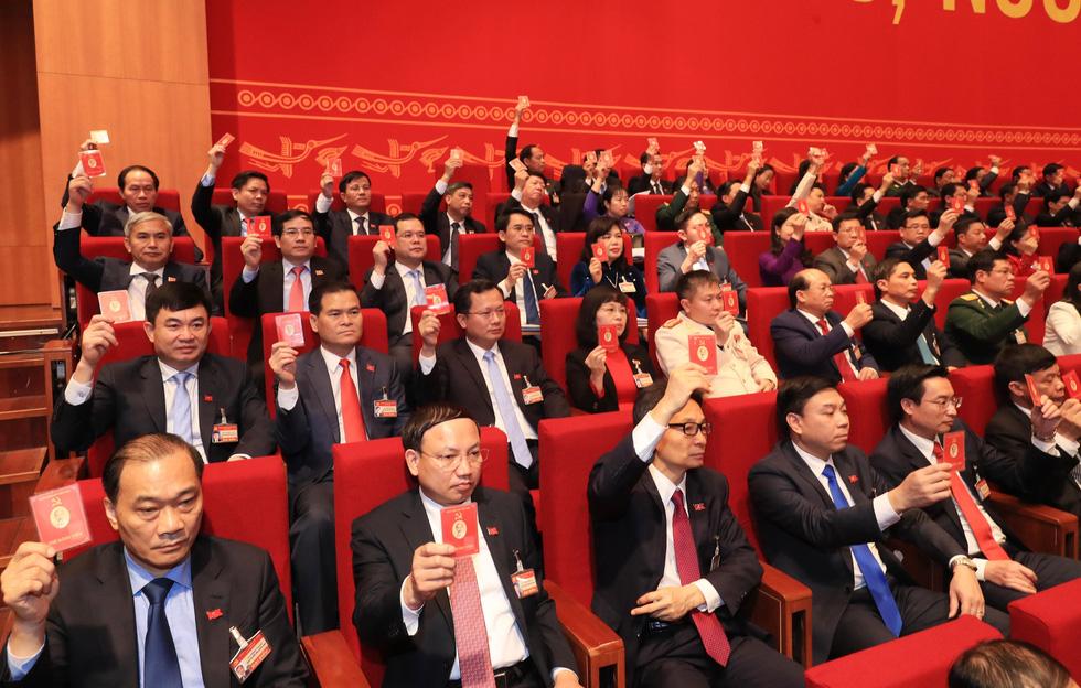 Chùm ảnh lãnh đạo Đảng, Nhà nước và các đại biểu tại phiên họp trù bị Đại hội Đảng XIII - Ảnh 13.