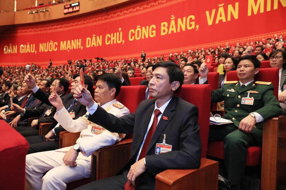 Chùm ảnh lãnh đạo Đảng, Nhà nước và các đại biểu tại phiên họp trù bị Đại hội Đảng XIII - Ảnh 12.