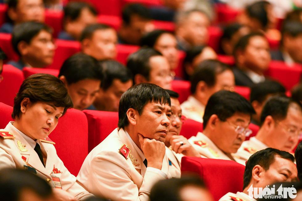 Chùm ảnh lãnh đạo Đảng, Nhà nước và các đại biểu tại phiên khai mạc Đại hội Đảng XIII - Ảnh 6.