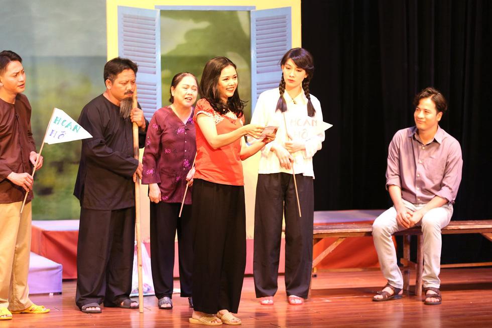 Mút chỉ mút cà tha được trao giải A, nghệ sĩ Ái Như nhận giải nữ diễn viên xuất sắc - Ảnh 2.