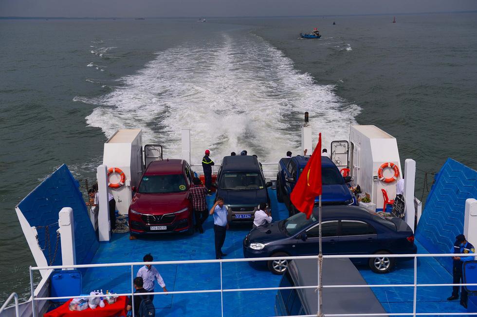 Tuyến phà biển Cần Giờ - Vũng Tàu ngày đầu khai trương - Ảnh 6.