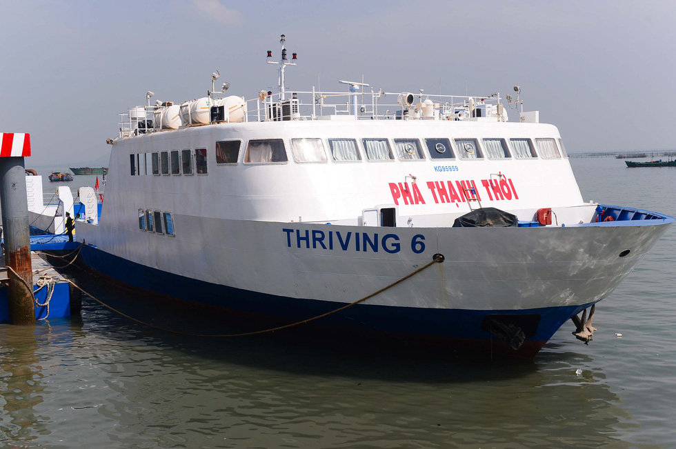 Tuyến phà biển Cần Giờ - Vũng Tàu ngày đầu khai trương - Ảnh 4.