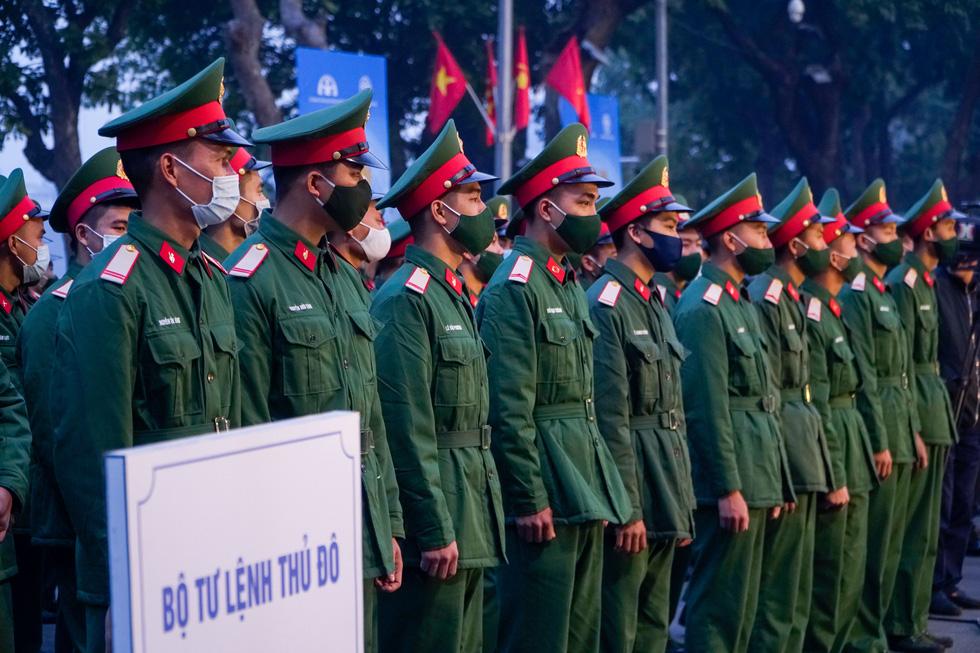 Phó thủ tướng Trương Hòa Bình: Phải lên án các hành vi phi văn hóa khi tham gia giao thông - Ảnh 3.