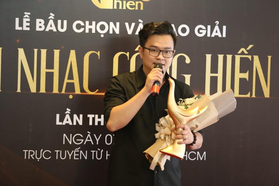 Giải Cống hiến 2021: Tùng Dương và Rap Việt thắng lớn - Ảnh 5.