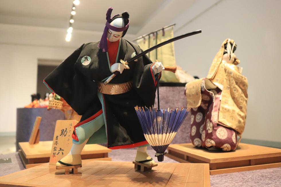 Với người Nhật, búp bê là người bạn tâm tình, đại diện cho cảm xúc của chủ nhân - Ảnh 4.