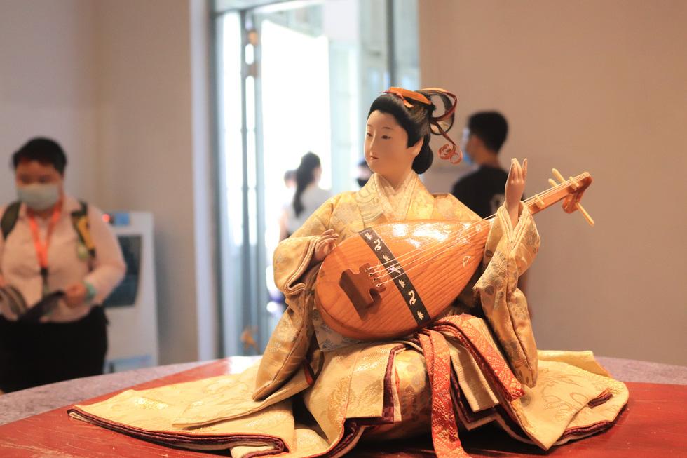 Với người Nhật, búp bê là người bạn tâm tình, đại diện cho cảm xúc của chủ nhân - Ảnh 7.
