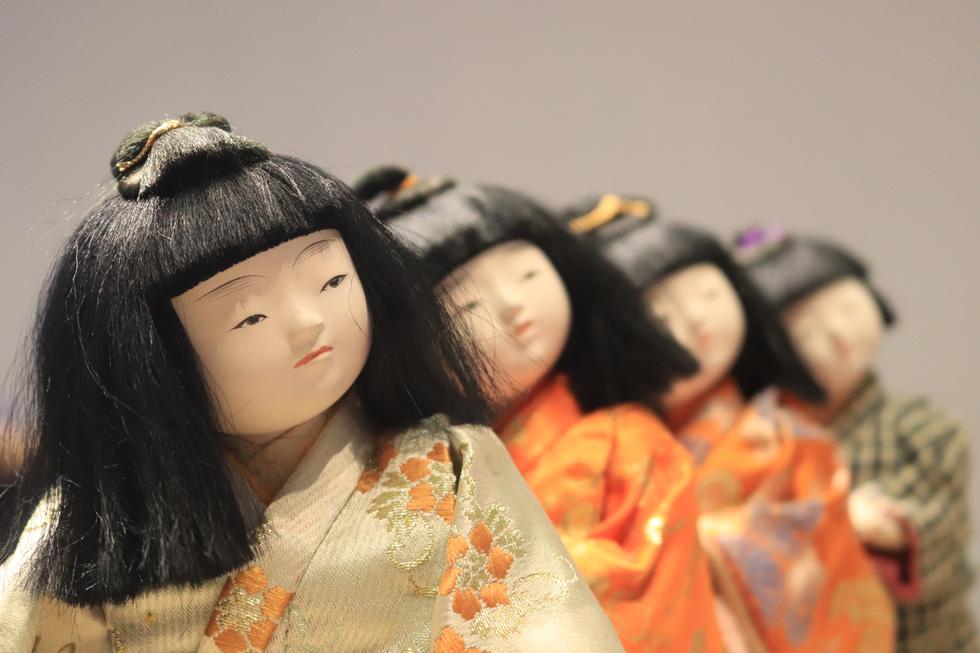 Với người Nhật, búp bê là người bạn tâm tình, đại diện cho cảm xúc của chủ nhân - Ảnh 9.