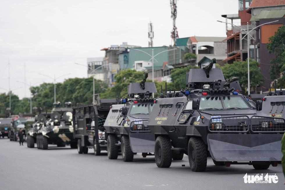 Mãn nhãn màn cảnh sát đặc nhiệm diễn tập bảo vệ Đại hội Đảng lần thứ XIII - Ảnh 6.