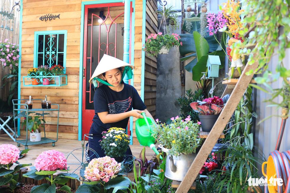 Khu vườn mini giữa lòng Sài Gòn - Ảnh 6.