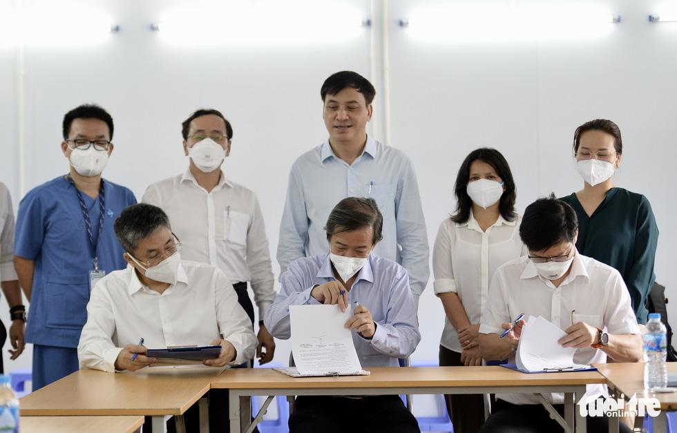 Cuộc bàn giao khi lá phổi sắp lành - Ảnh 6.