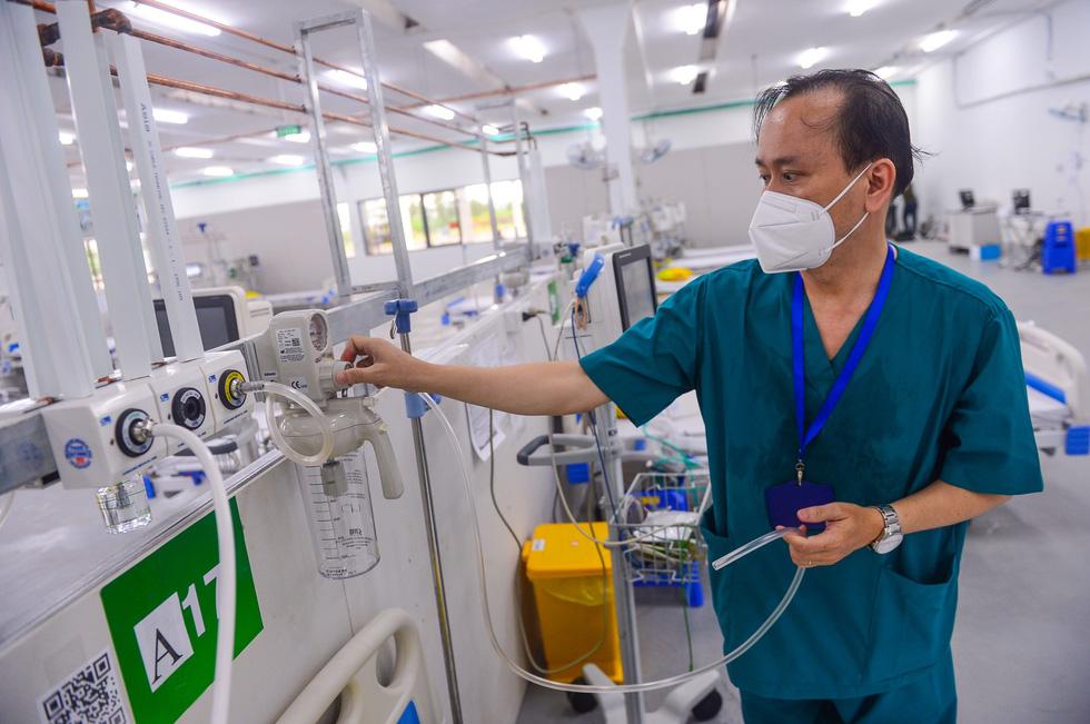 Cuối tháng 10 các bệnh viện dã chiến ở TP.HCM ngừng hoạt động, hoàn thành sứ mệnh - Ảnh 2.