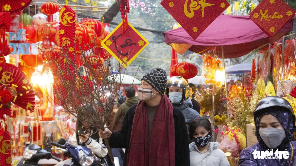 Đi chợ Hàng Lược 500 năm tuổi - Ảnh 3.