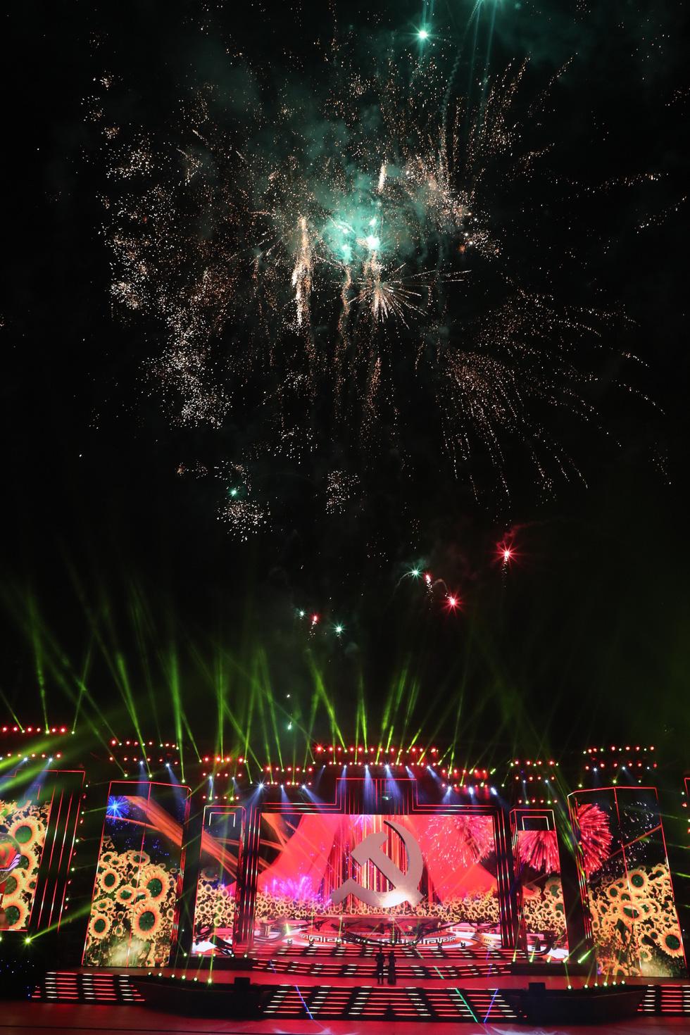 Rực rỡ Khát vọng - Tỏa sáng chào mừng thành công Đại hội Đảng - Ảnh 4.