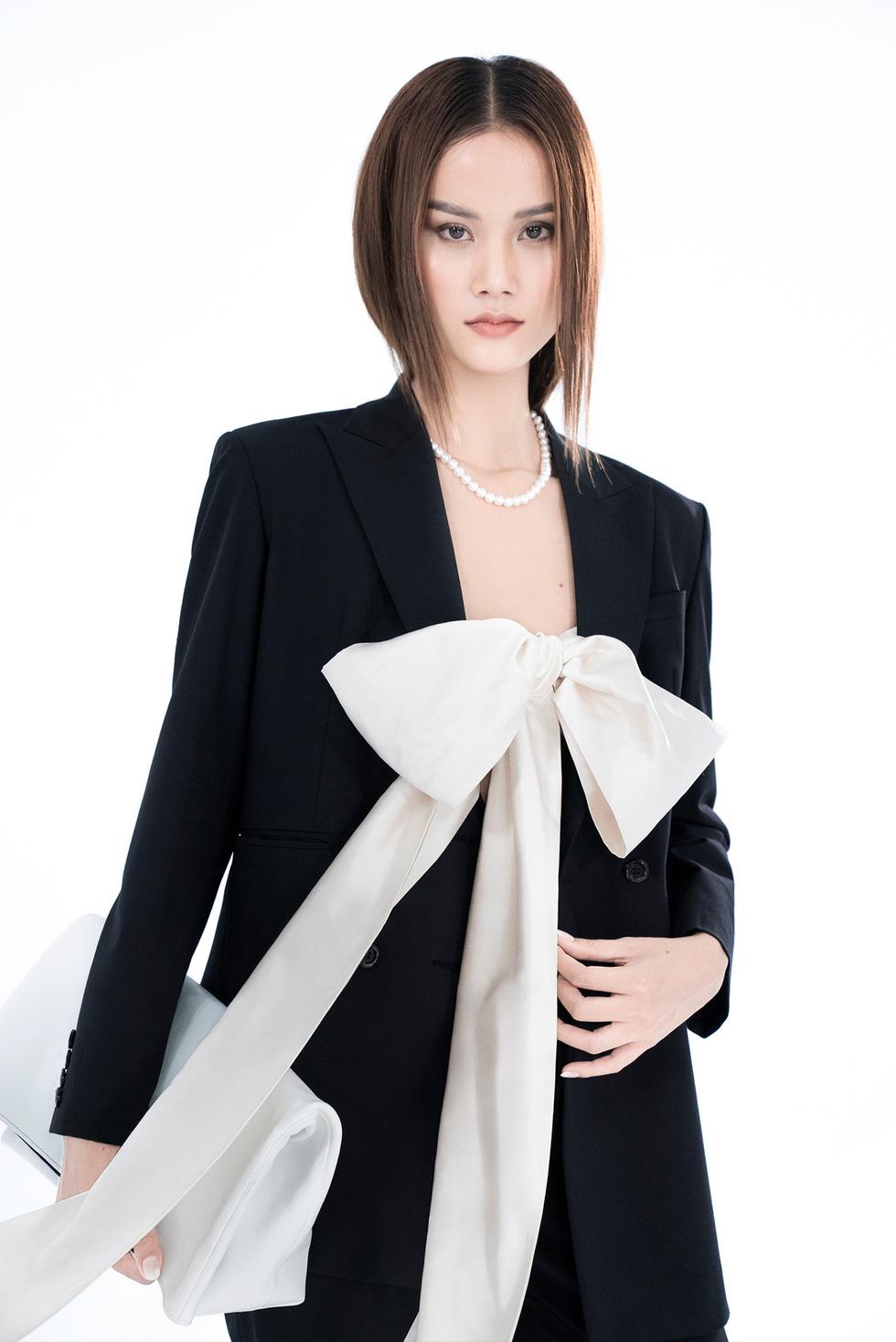 Trần Hùng công bố bộ sưu tập ấn tượng La Muse đến London Fashion Week - Ảnh 8.