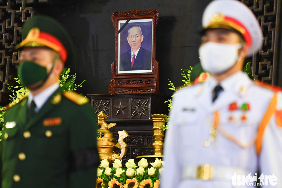 Party and State leaders visit former Deputy Prime Minister Truong Vinh Trong - Photo 9.