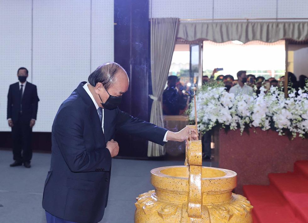 Lễ viếng nguyên Phó thủ tướng Trương Vĩnh Trọng tại Bến Tre và Hà Nội - Ảnh 3.
