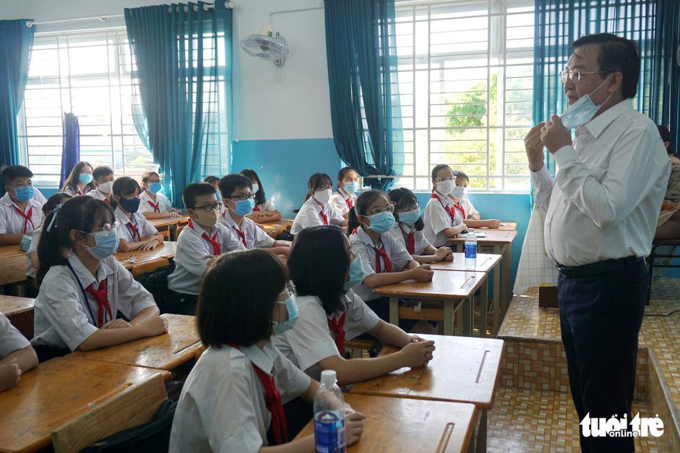 TP.HCM: Hơn 80% học sinh trở lại trường trong ngày 1-3 - Ảnh 2.