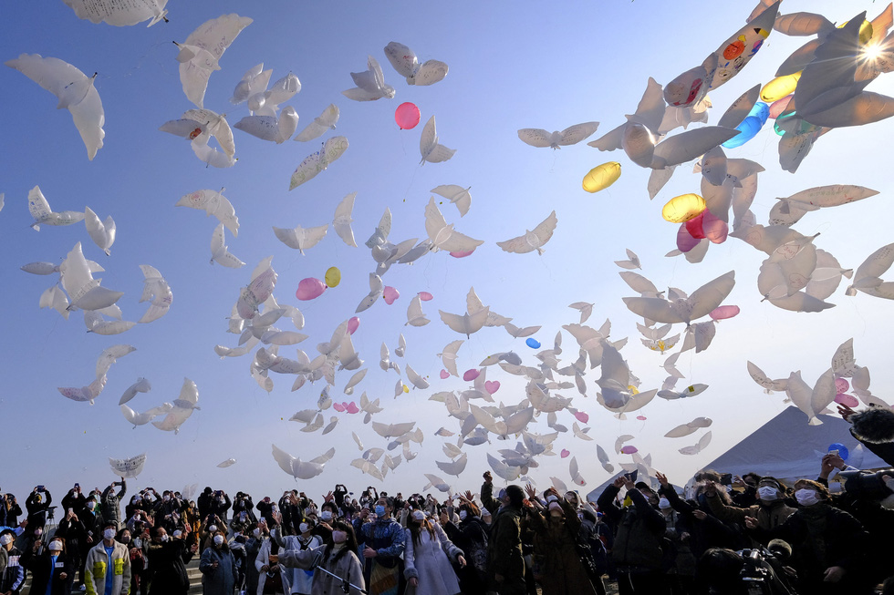 Nhật hoàng Naruhito: Đừng bao giờ quên bài học Fukushima - Ảnh 1.