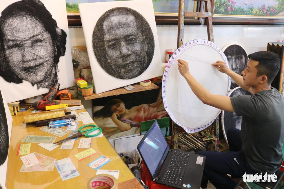 Chàng trai 9X làm tranh chân dung đinh nhờ thuật toán - Ảnh 1.