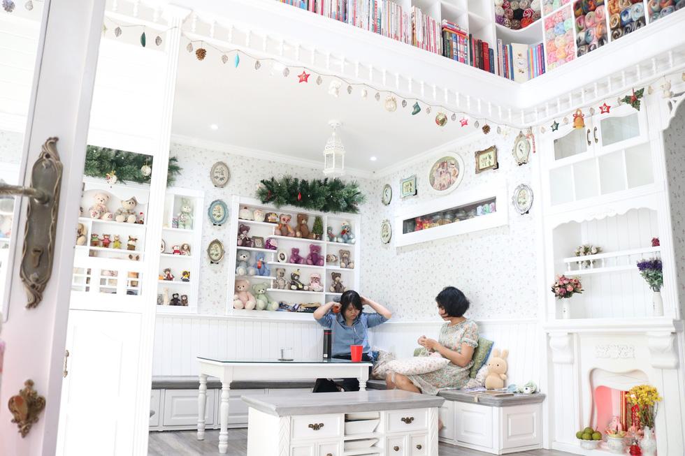 Ngắm căn nhà handmade nhỏ xinh giữa lòng Sài Gòn - Ảnh 2.