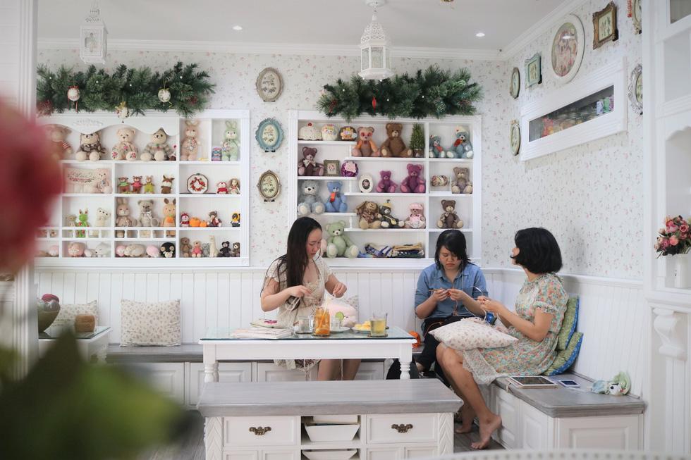Ngắm căn nhà handmade nhỏ xinh giữa lòng Sài Gòn - Ảnh 5.