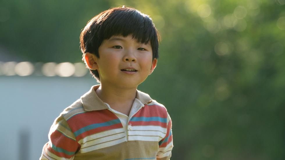 Minari: Giấc mơ Mỹ đau thương, thuần khiết qua mắt trẻ - Ảnh 2.
