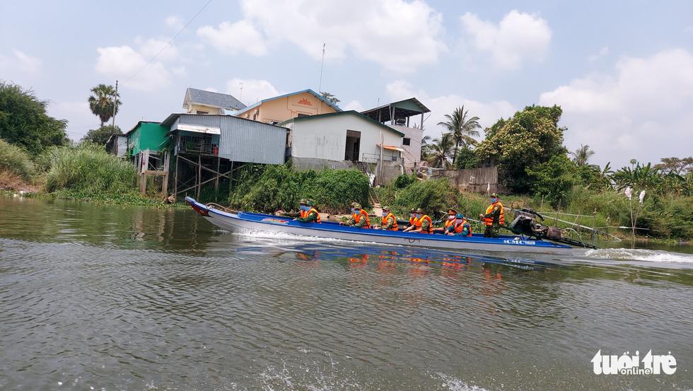 Chia nhỏ quân 'siết' biên giới Campuchia để ngăn dịch COVID-19 - Ảnh 7.