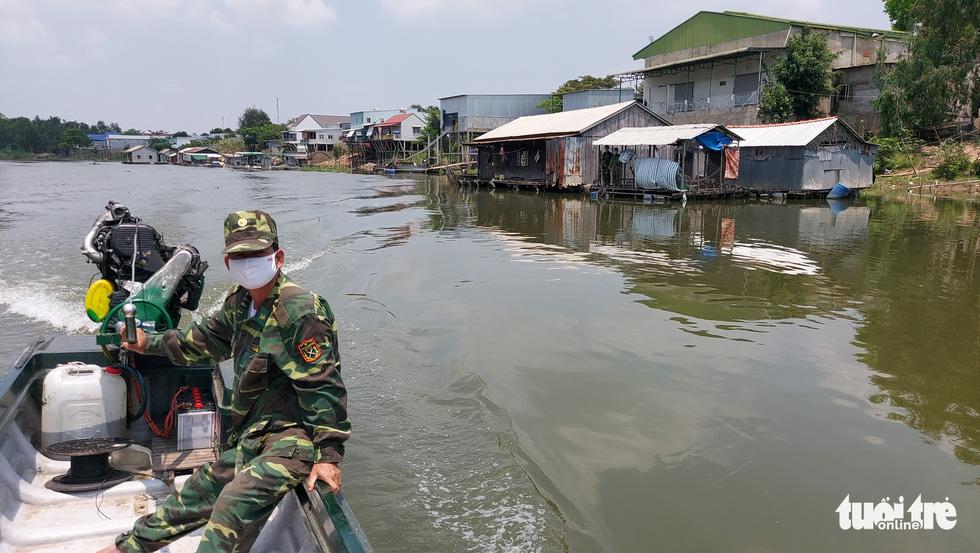 Chia nhỏ quân 'siết' biên giới Campuchia để ngăn dịch COVID-19 - Ảnh 10.