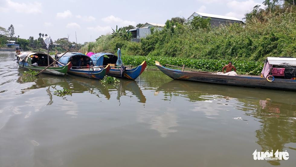 Chia nhỏ quân 'siết' biên giới Campuchia để ngăn dịch COVID-19 - Ảnh 4.